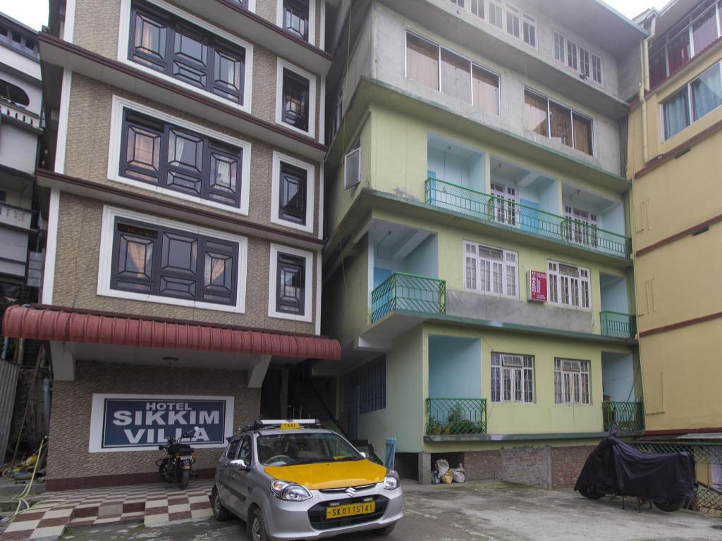 OYO 12334 Hotel Sikkim Villa, Gangtok, India - Photos, Room Rates