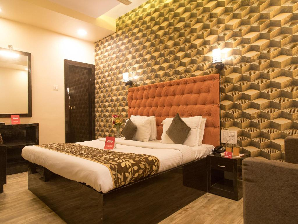 Classic tweepersoons- of twinkamer (2 aparte bedden) - Bed OYO 4381 Hotel Parashar