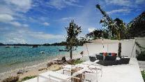 Beachfront Phuket Seaview Suites