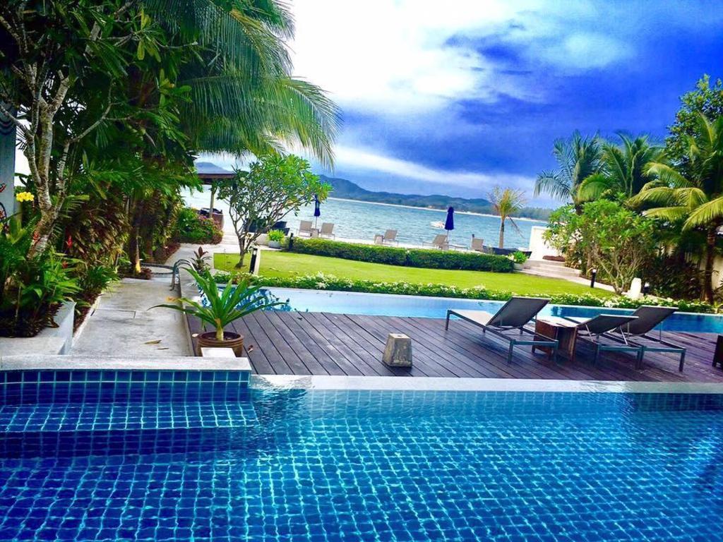 Beachfront Phuket Seaview Suites Entire apartment - Deals, Photos & Reviews
