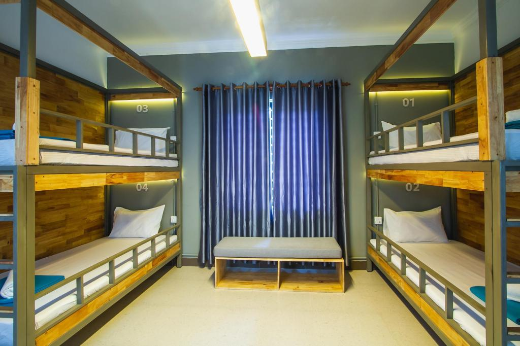 1 Person in 4-Bed Dormitory - Mixed - Bed Sleep Pod Hostel