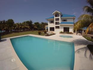 Villa del Nico Beach Resort