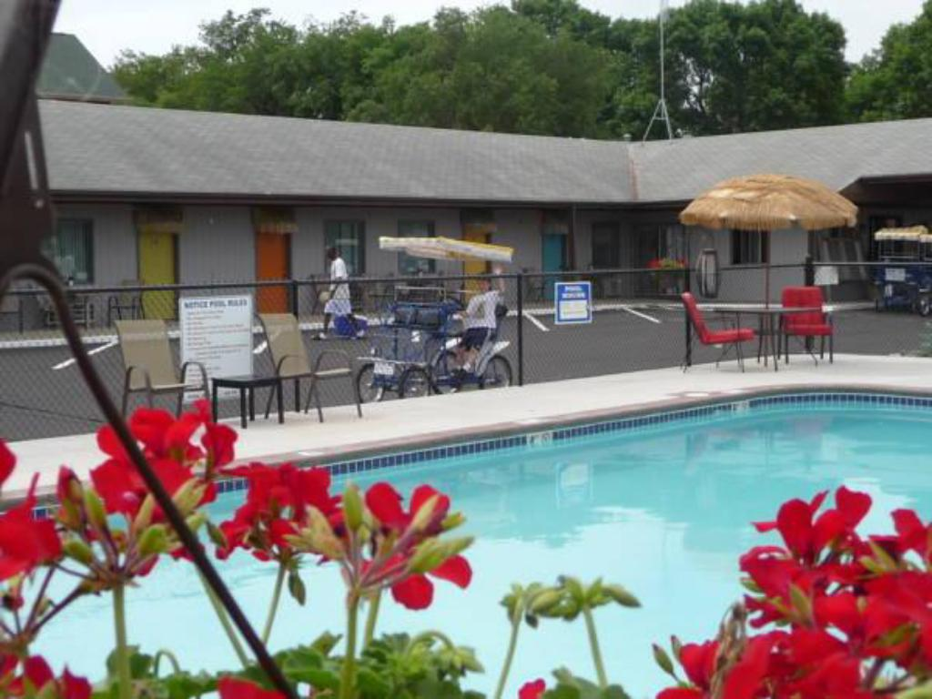 The best available hotels & places to stay near Okoboji, IA