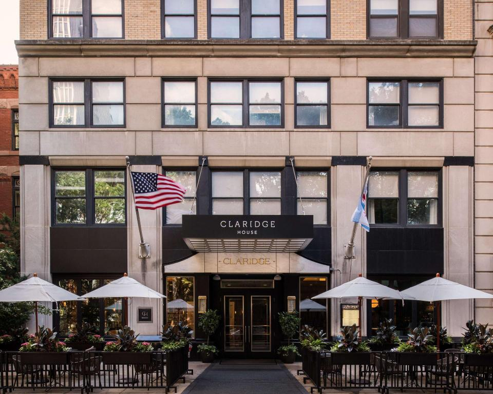 Claridge House in Chicago (IL) - Room Deals, Photos & Reviews