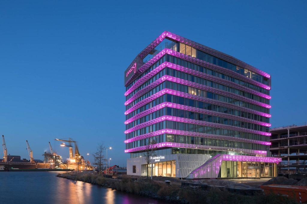 Exterior view Moxy Amsterdam Houthavens