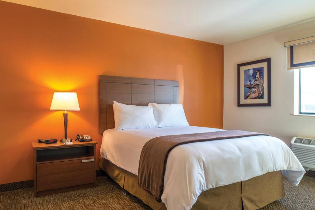 1 Queen Bed - سرير My Place Hotel -South Omaha/ La Vista, NE