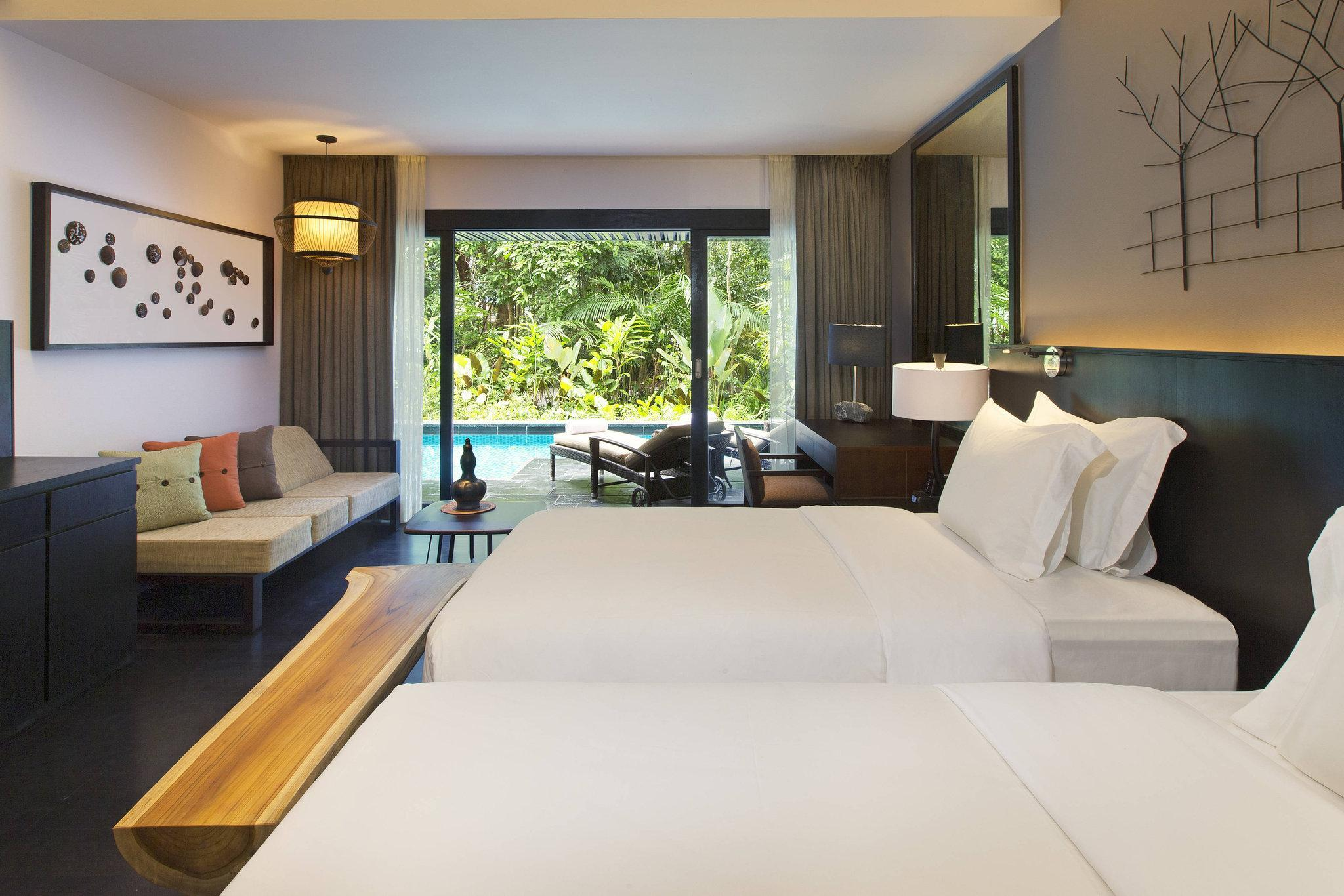 Luxury Pool Access, Guest room, 2 Twin/Single Bed(s)