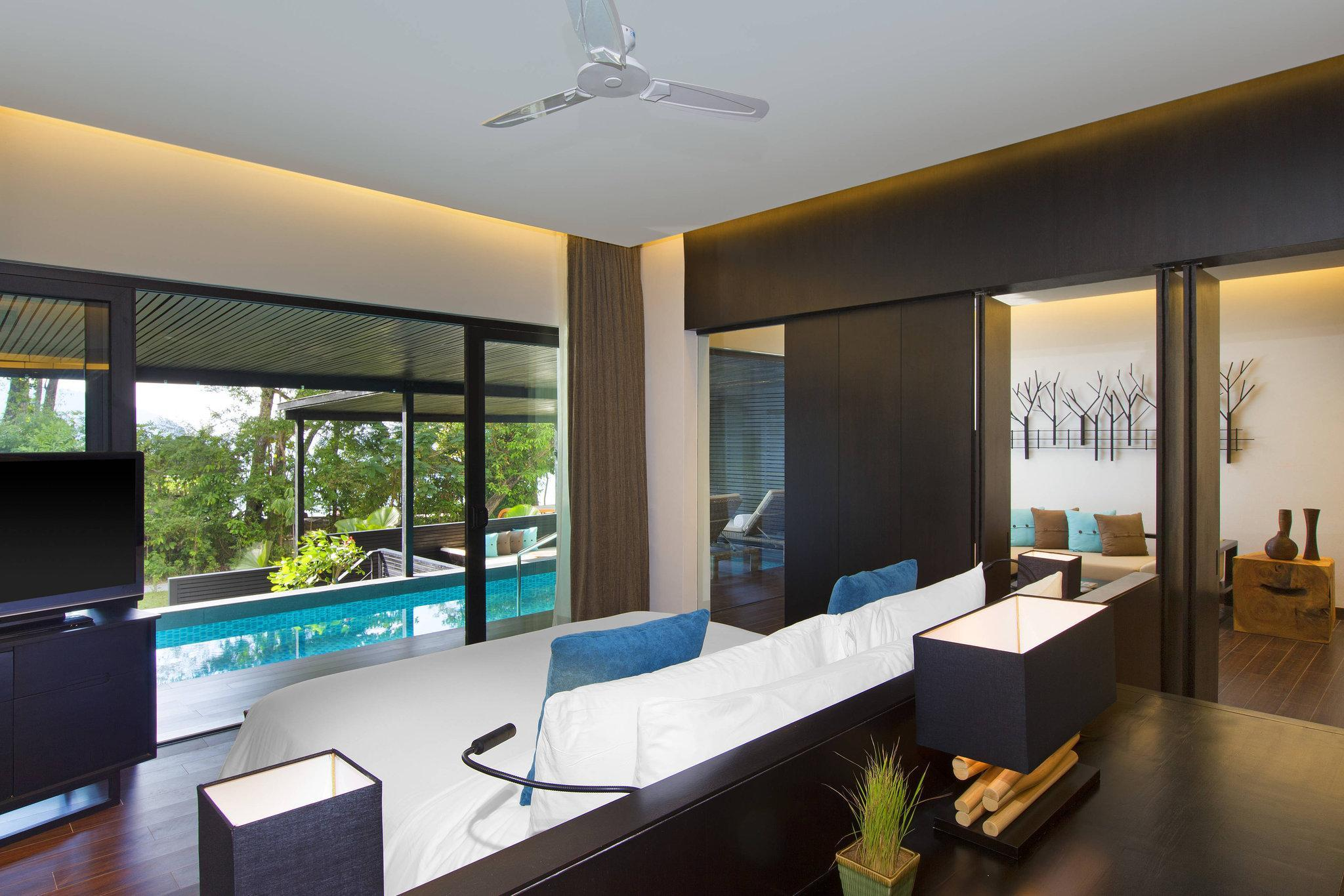 Executive Pool, Suite, 1 King, Private pool