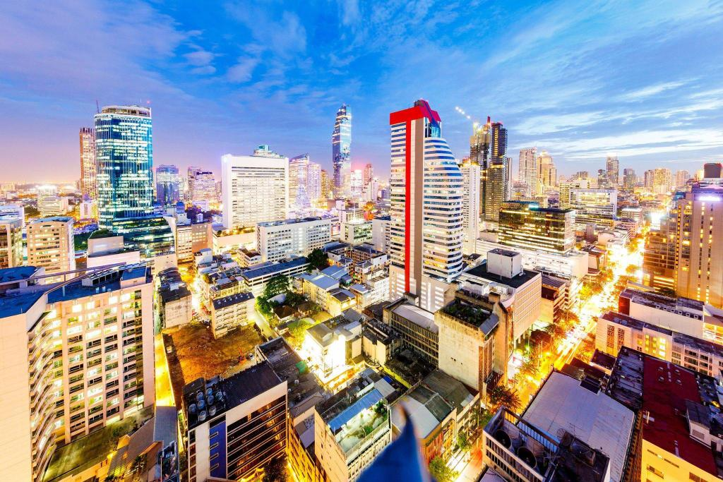 Vista, Guest room, 1 King, City view Le Méridien Bangkok