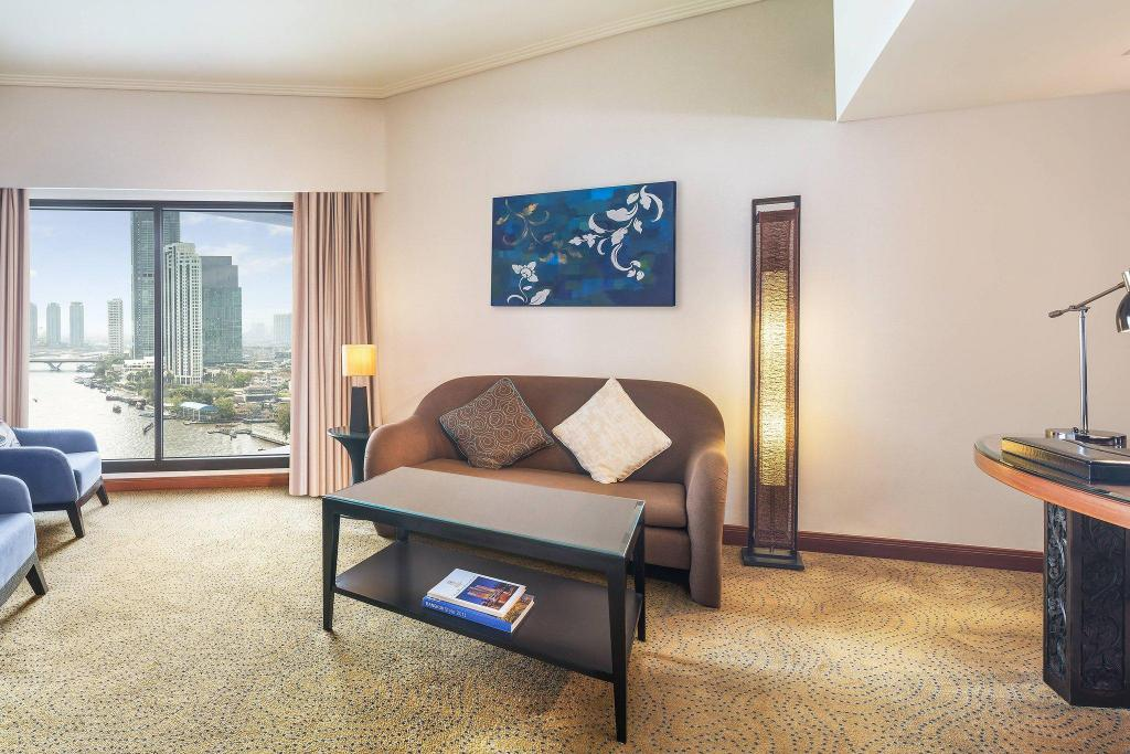 Junior, Club lounge access, 1 Bedroom Junior Suite, 1 King - 獨立客廳 皇家蘭花喜來登飯店 (Royal Orchid Sheraton Hotel & Towers)