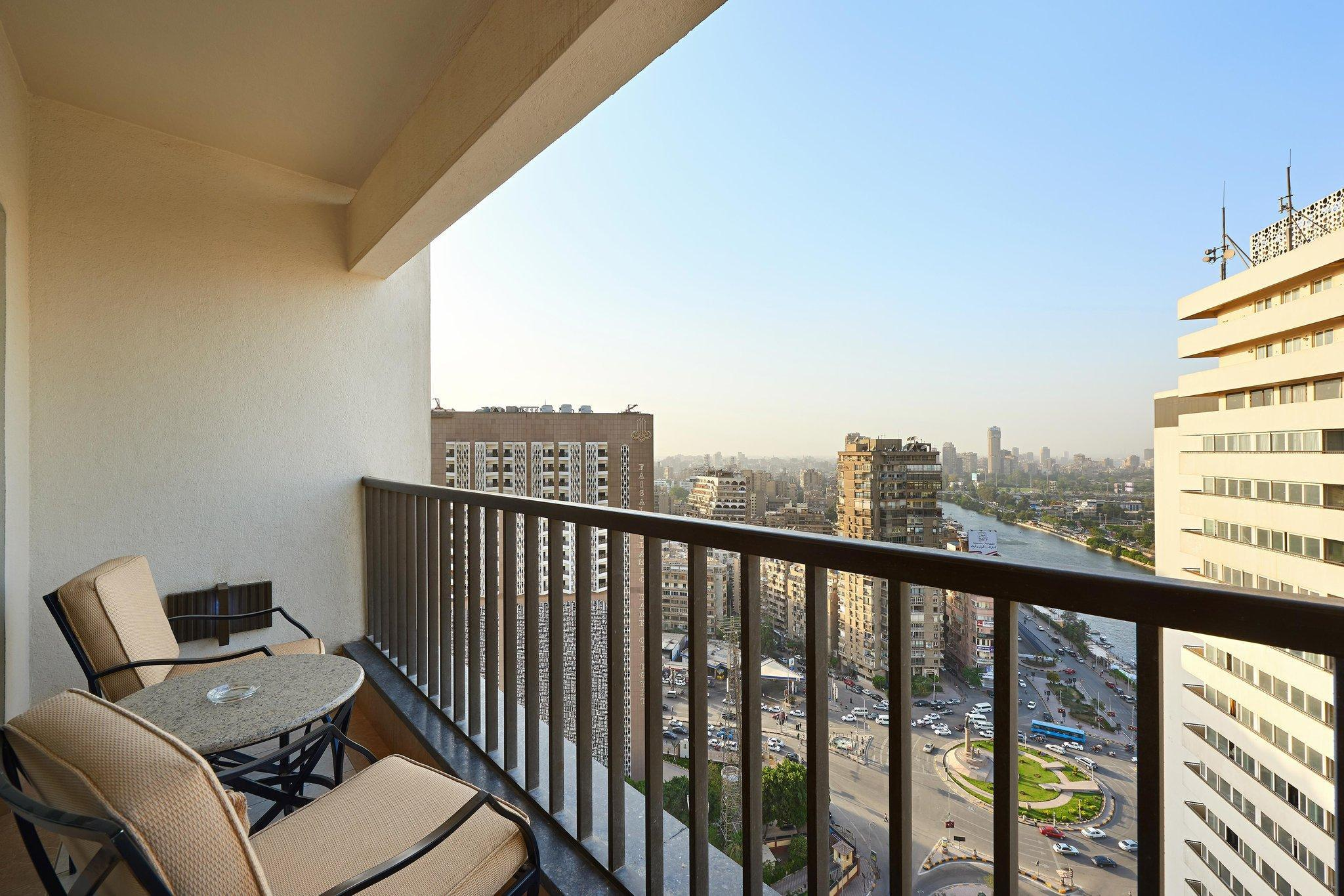 Executive Suite, 1 King, Nile view, Balcony