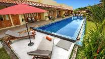 Marigold Resort 7BR w/ Large Pool & Garden