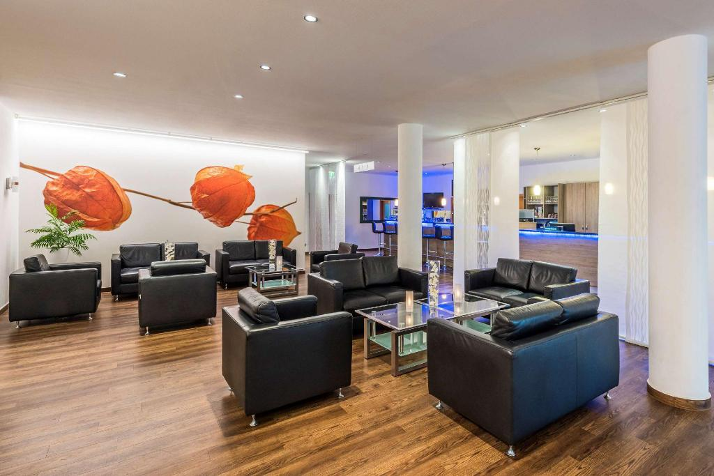 Lobby Tryp Hotel Celle