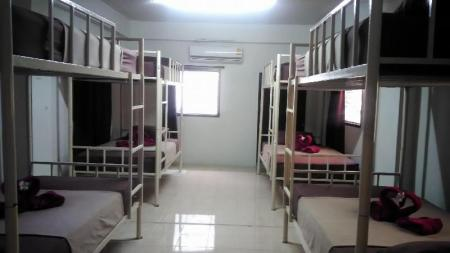 1 Bunk Bed Mixed Dormitory OASIS hostel