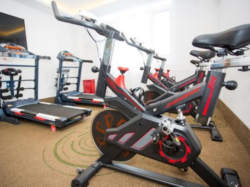 fitnesscentrum GreenTree Inn Chengde Fengning Theater Business Hotel