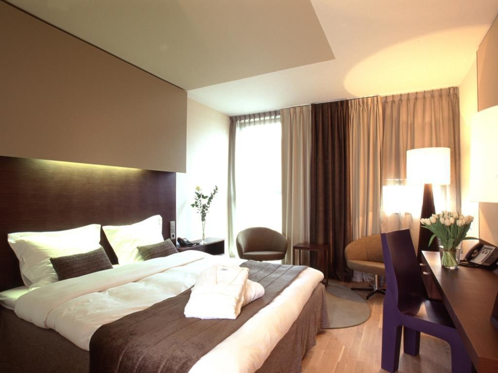 Superior Double Room Dutch Design Hotel Artemis