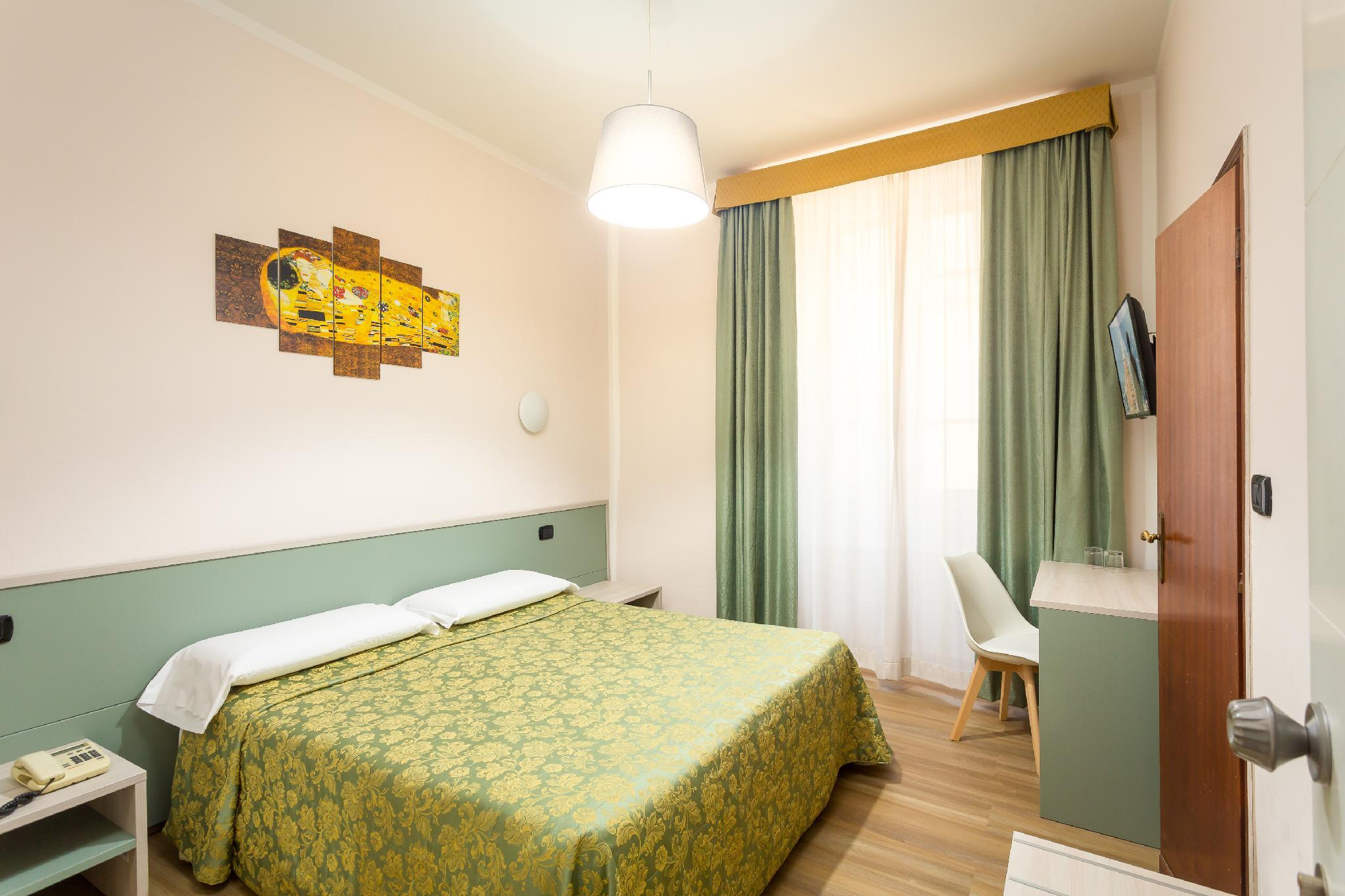 Hotel Basilea in Florence - Room Deals, Photos & Reviews