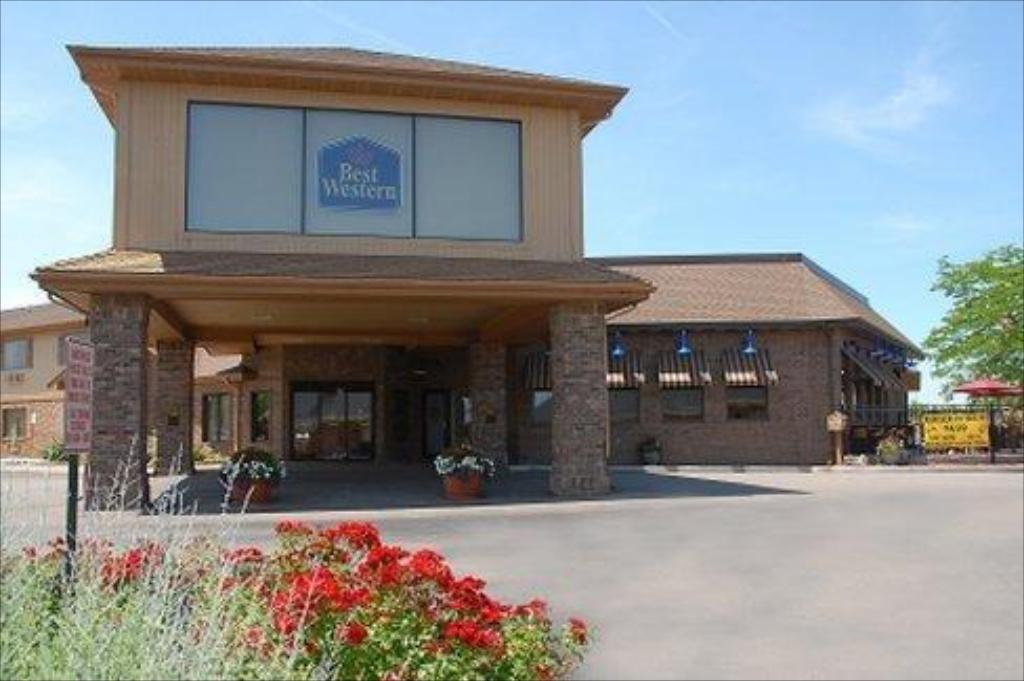 More about Best Western Lapeer Inn