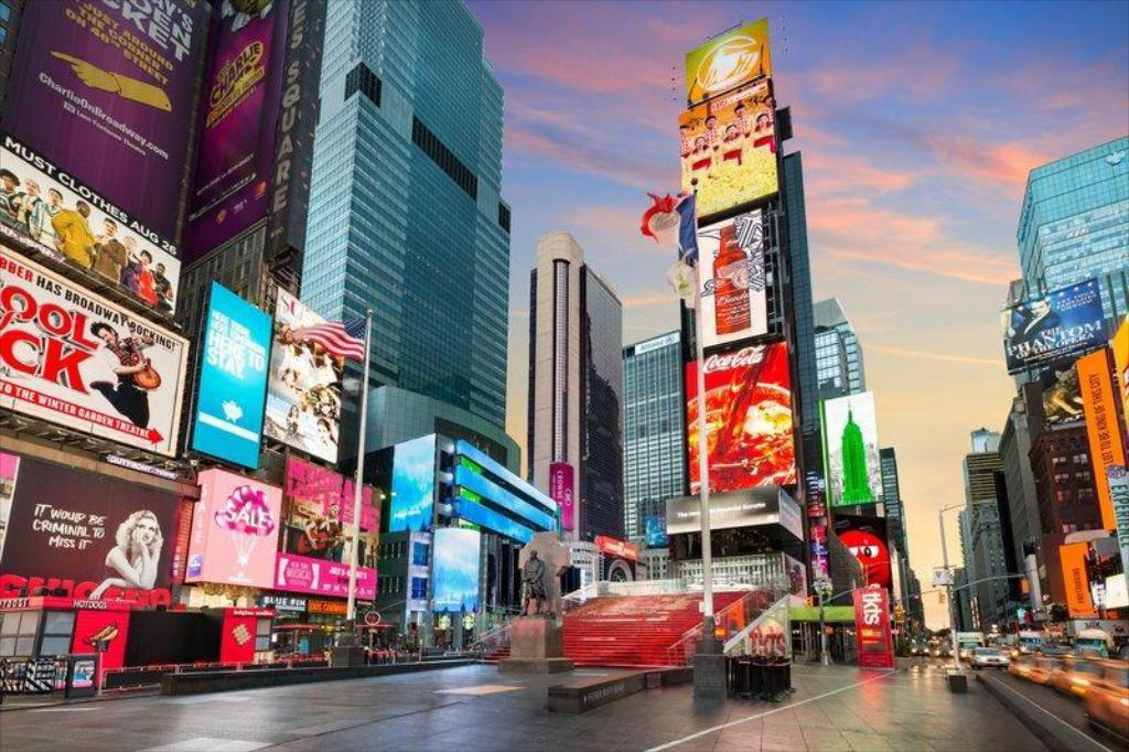 Crowne Plaza Times Square Hotel (New York (NY)) - Deals, Photos ...