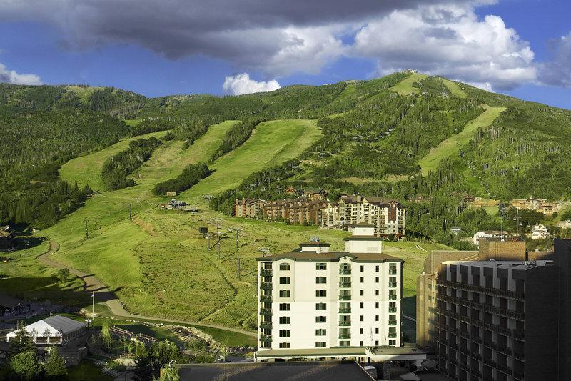 Two-Bedroom Condominium with Mountain View