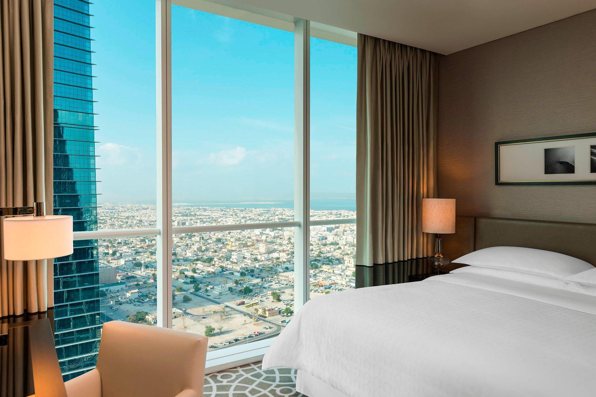 Sheraton Grand Hotel Dubai In United Arab Emirates Room Deals Photos Reviews