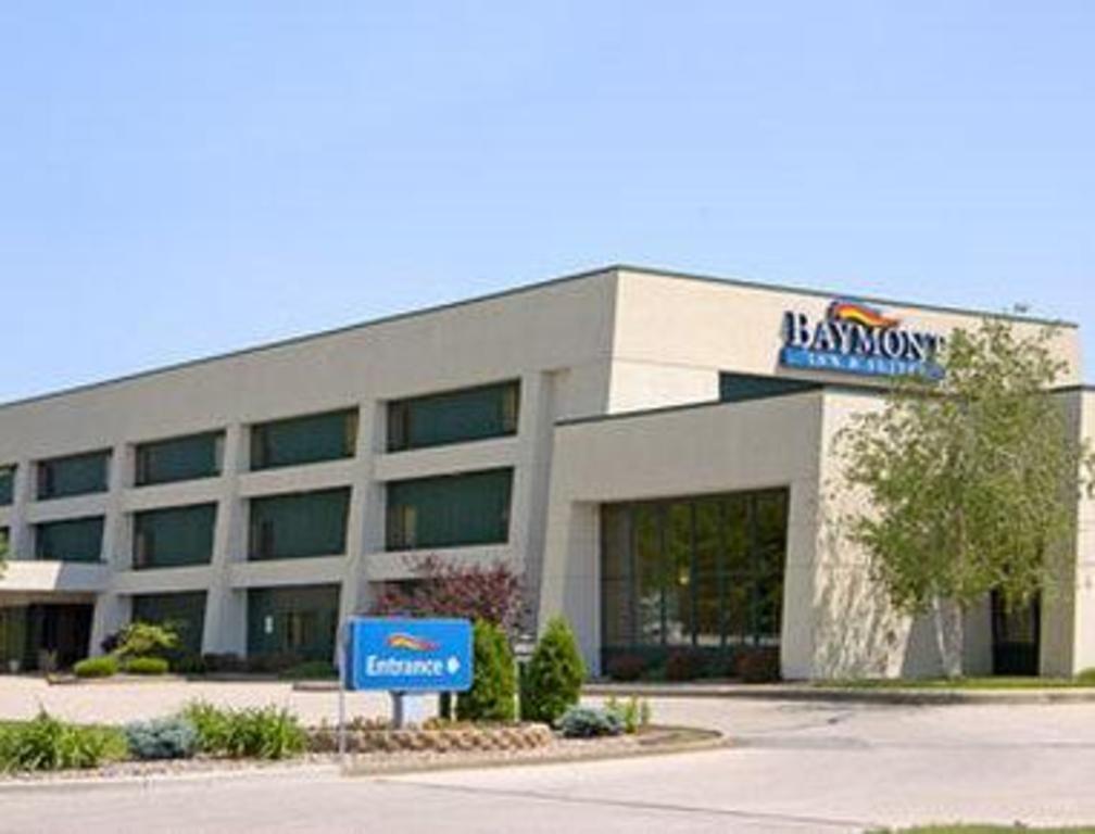 Car Dealerships In La Crosse Wi >> Baymont By Wyndham La Crosse Onalaska In Onalaska Wi