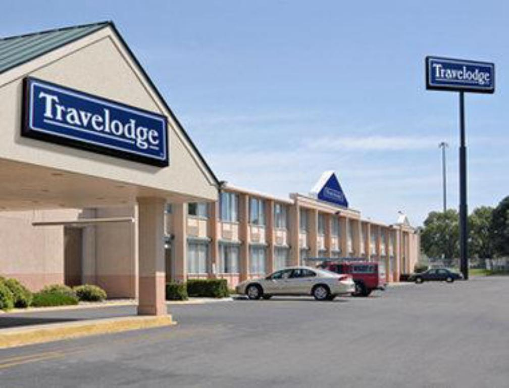 Travelodge by Wyndham Lincoln
