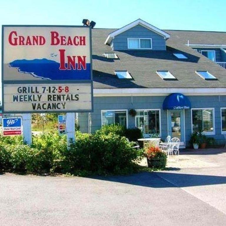 Grand Beach Inn In Old Orchard