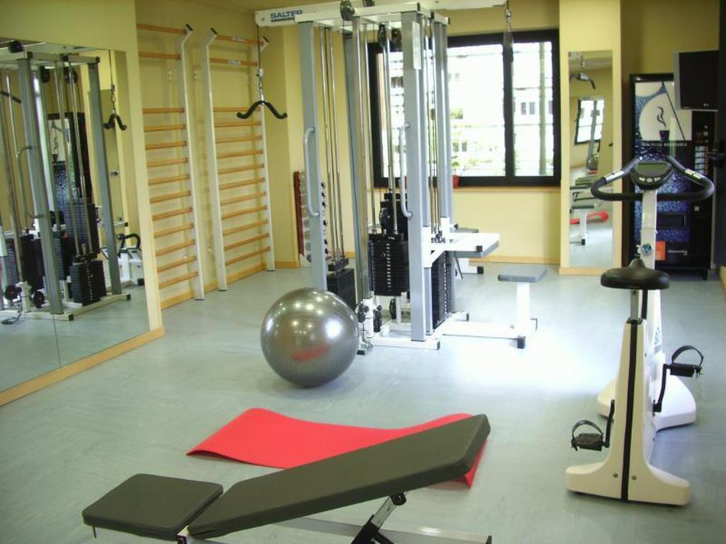 Fitness center abba Madrid Hotel
