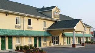 Douglas Inn and Suites Cleveland