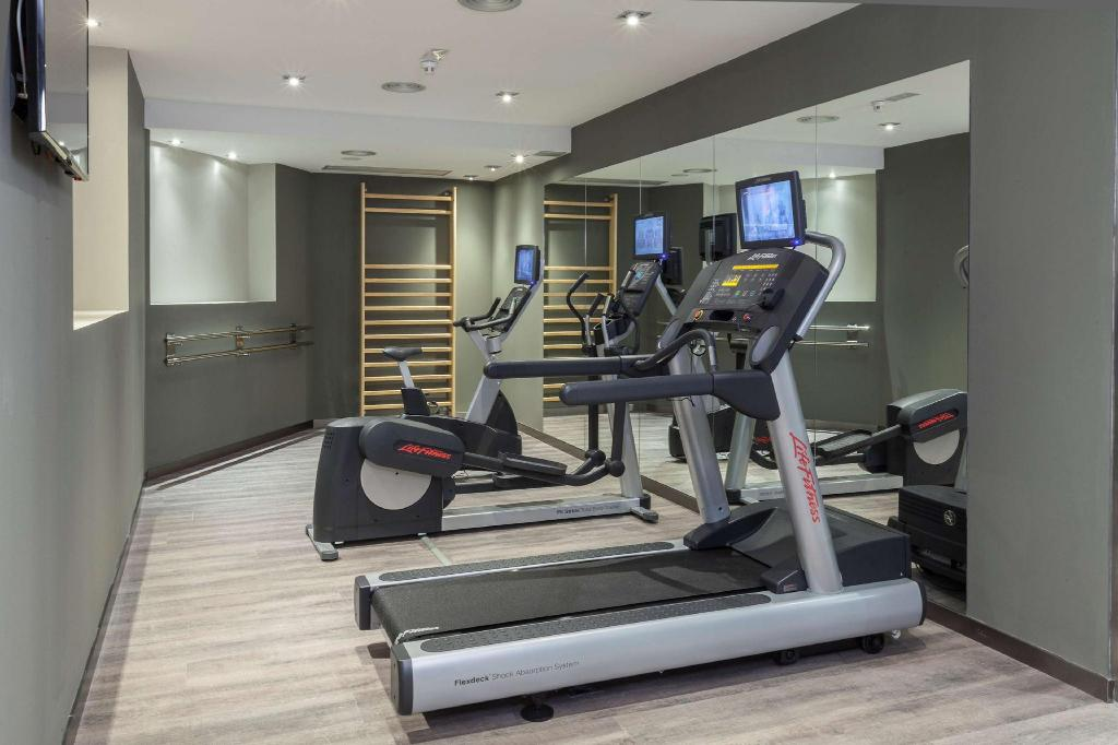 Fitness center Hotel Catalonia Excelsior