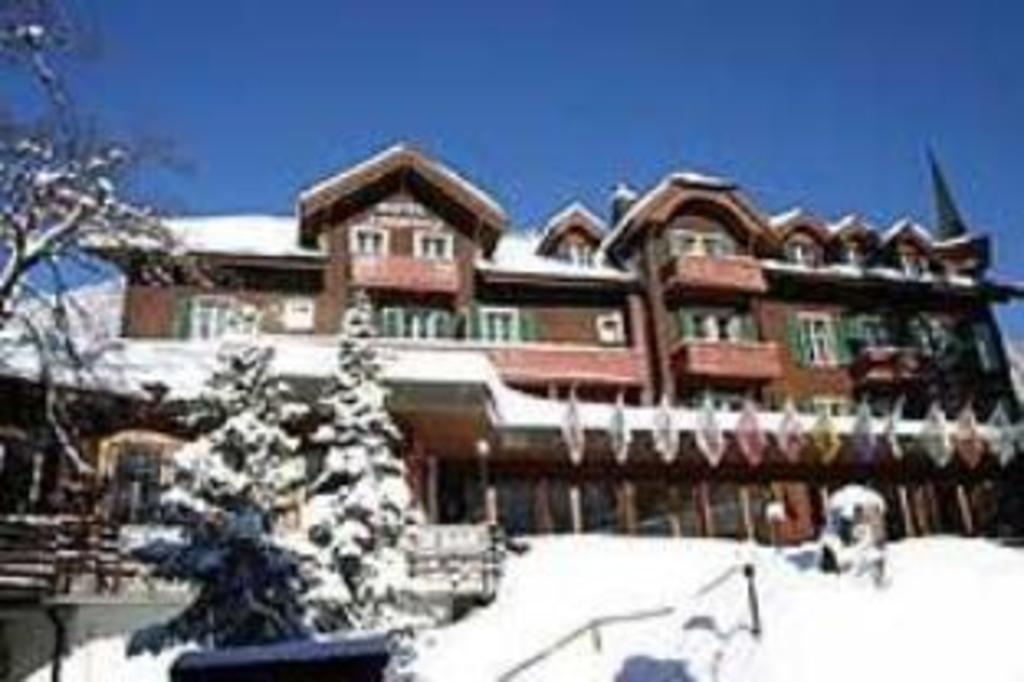 Hotel Jungfrau Mürren In Murren Room Deals Photos Reviews - Hotel alpina murren switzerland