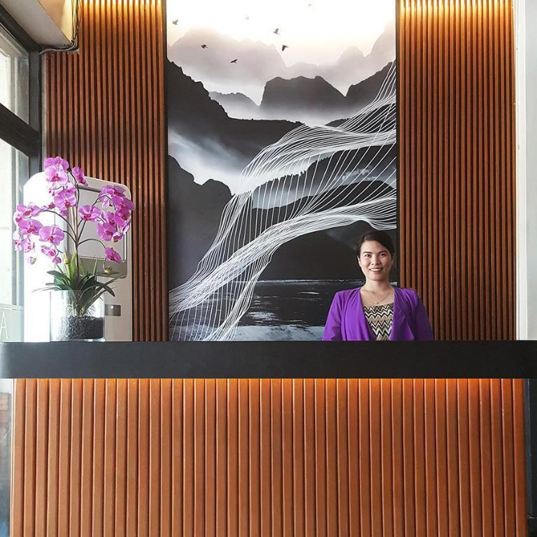 More about Asiana Hotel