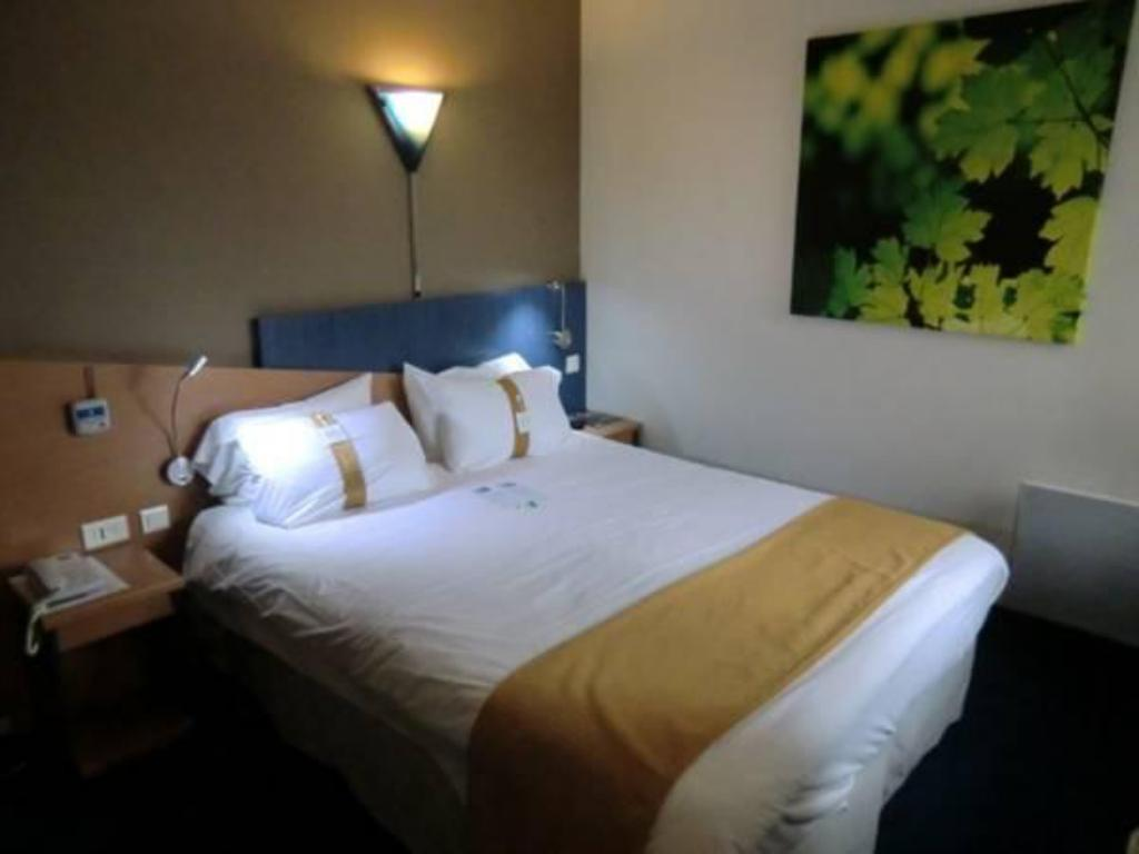 Standard - Bed Holiday Inn Express Amiens