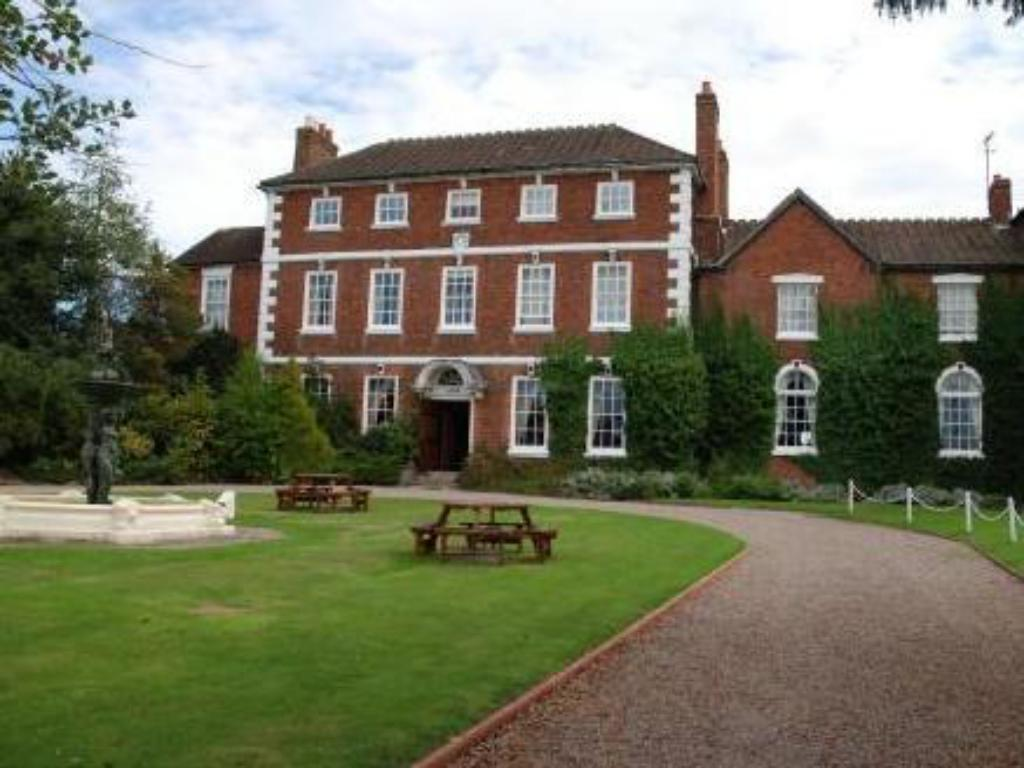 More about Park House Hotel