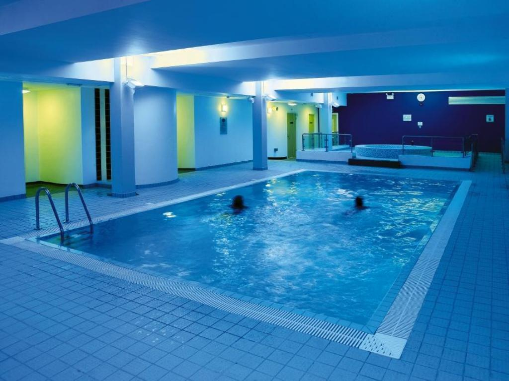 Best Price On Radisson Blu Hotel London Stansted Airport In London Reviews
