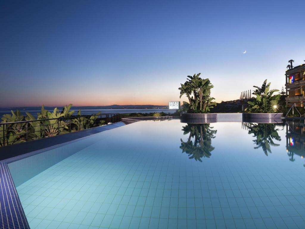 Four points by sheraton catania hotel in italy room - Hotels in catania with swimming pool ...