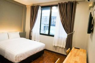 1# Lux Rooms Night Bazaar - Double Bed Studio