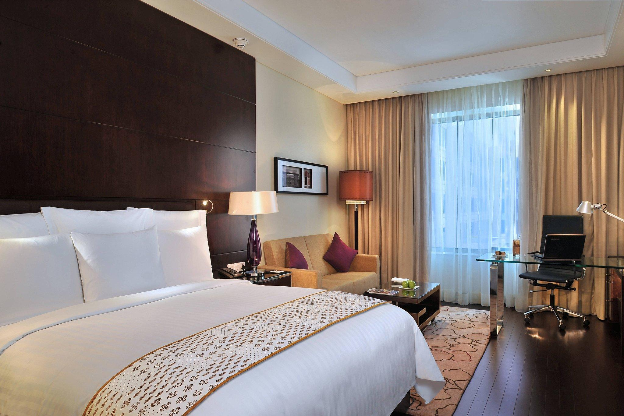 Executive Room Twin Bed, Executive level, Guest room
