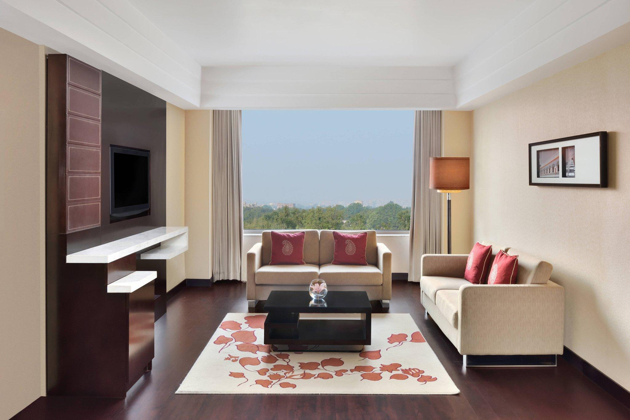Deluxe Suite, Executive lounge access, 1 King