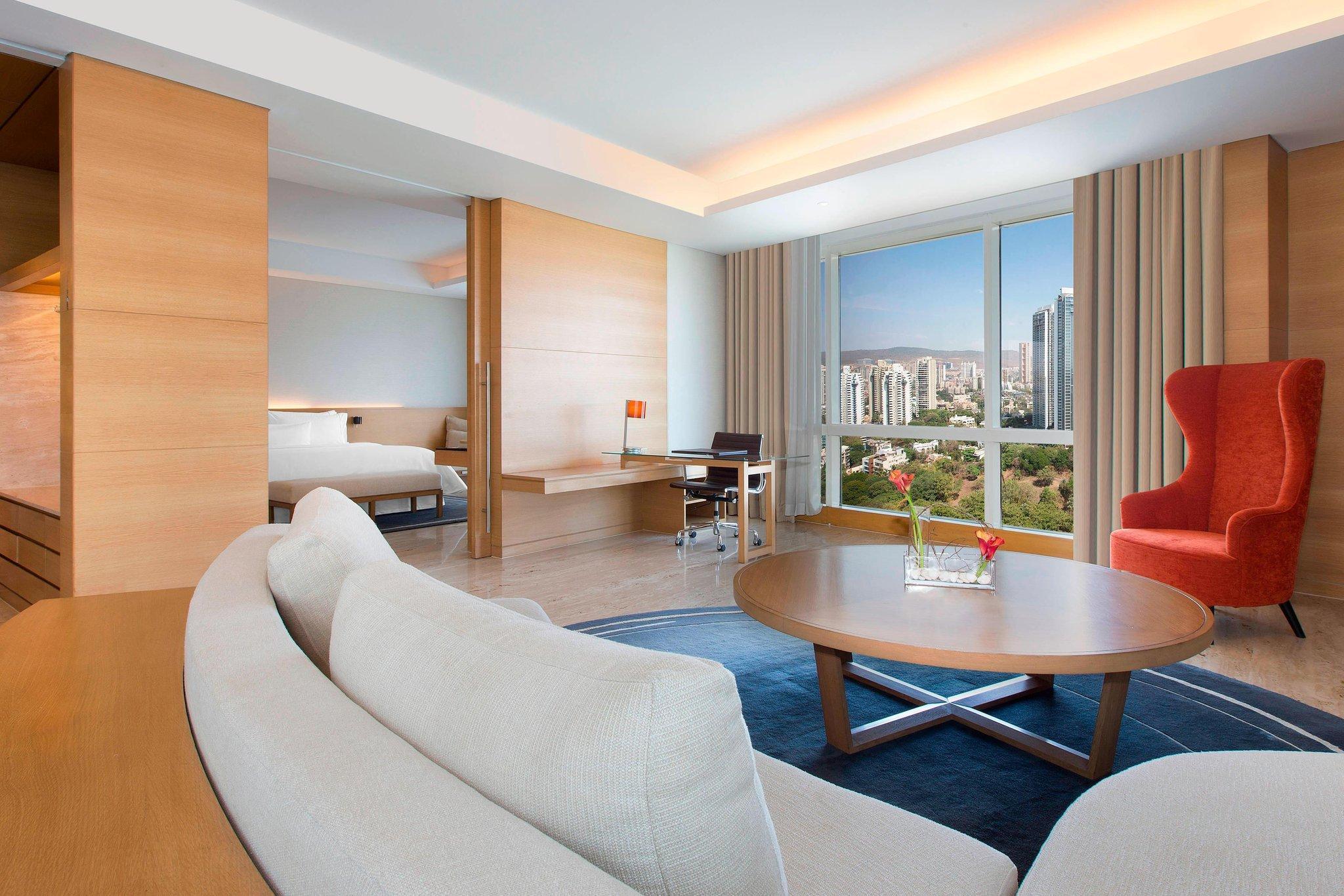 Executive Suite, 1 King, City view