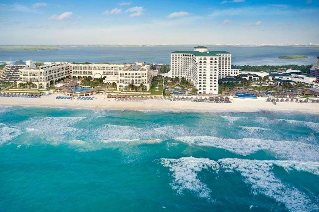 More about JW Marriott Cancun Resort & Spa