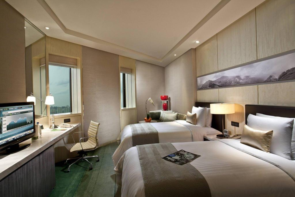 Executive Room, Executive level, Guest room