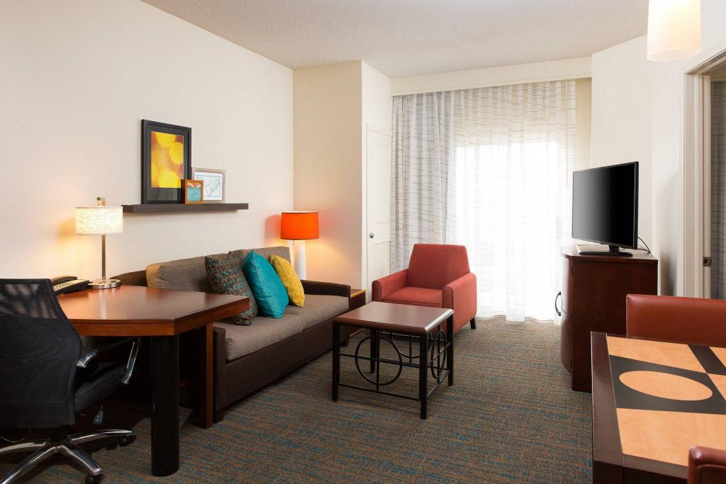 1 Bedroom Suite, 1 King, Sofa bed Residence Inn Kansas City Airport