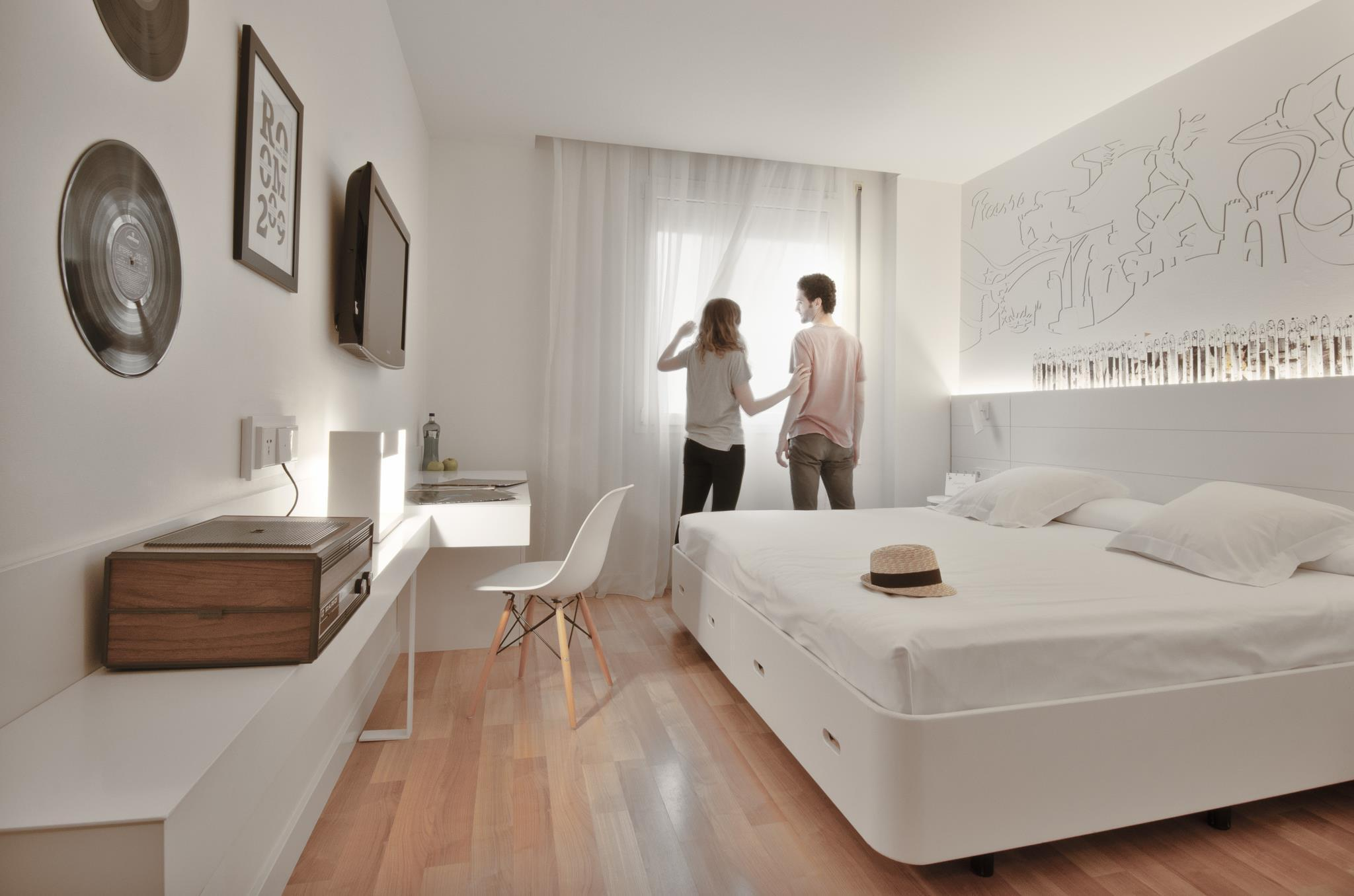 Pol & Grace Hotel in Barcelona - Room Deals, Photos & Reviews