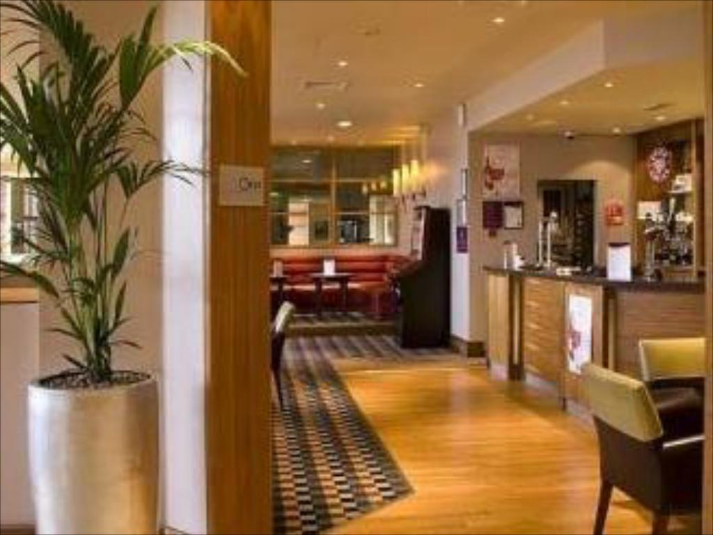Рецепция Premier Inn Peterborough (A1(M)J16)