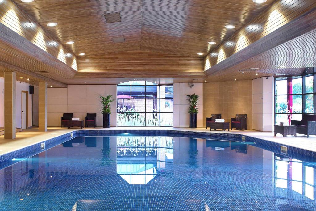 Swimming pool Newcastle Gateshead Marriott Hotel MetroCentre