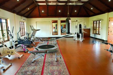 Fitness center Lake Palace Resort