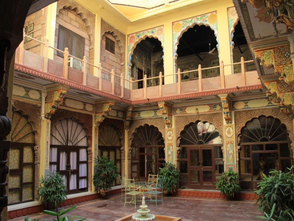 Interior view Pal Haveli - A Heritage Hotel