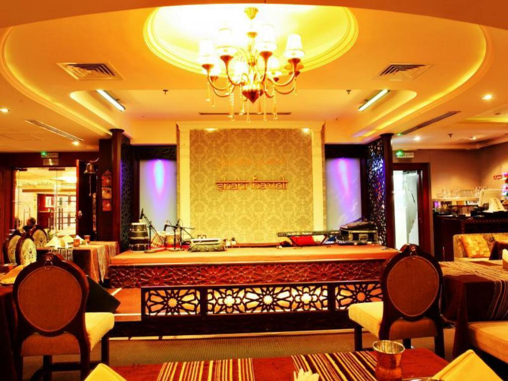 Lobby Imperial Suites Hotel